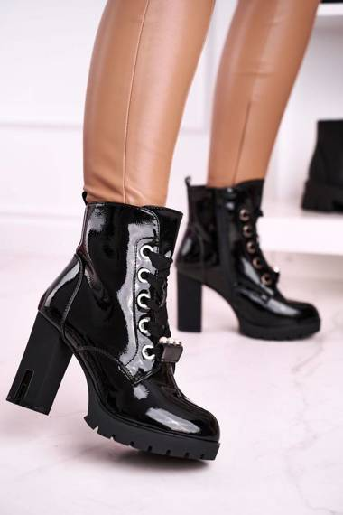 Women's Ankle Boots with Pearls Shiny Black Black Mirror