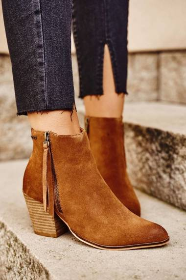 Women's Boots On Heel Suede Leather Big Star Camel GG274364
