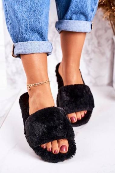 Women's Furry Slippers Black Cold Days
