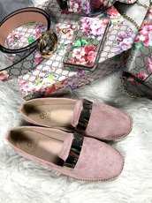 Lu Boo Pink loafer with badge Chain